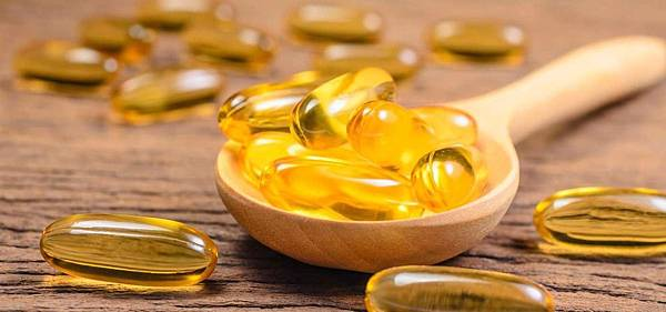 answers-to-every-question-you-ever-had-about-fish-oil-and-omega-fatty-acid-consumption1400-1504245695_1400x653.jpg