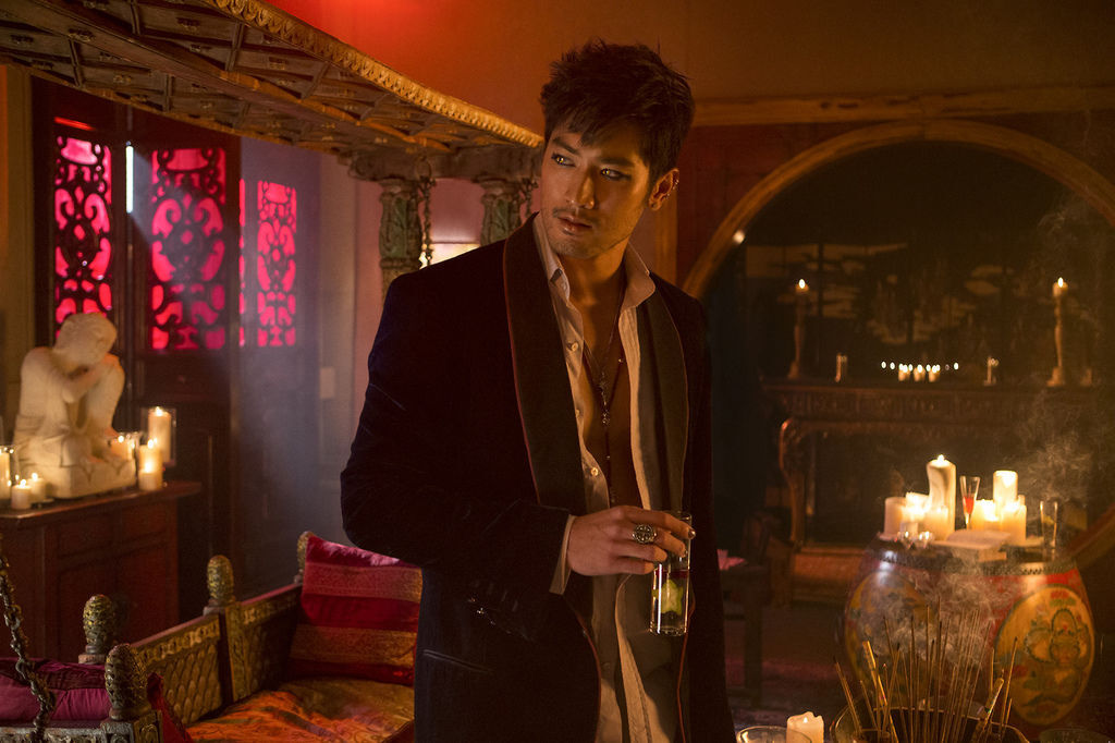 Full-promotional-photo-for-The-Mortal-Instruments-City-of-Bones-movie-Magnus-Bane-mortal-instruments-33620419-1280-853