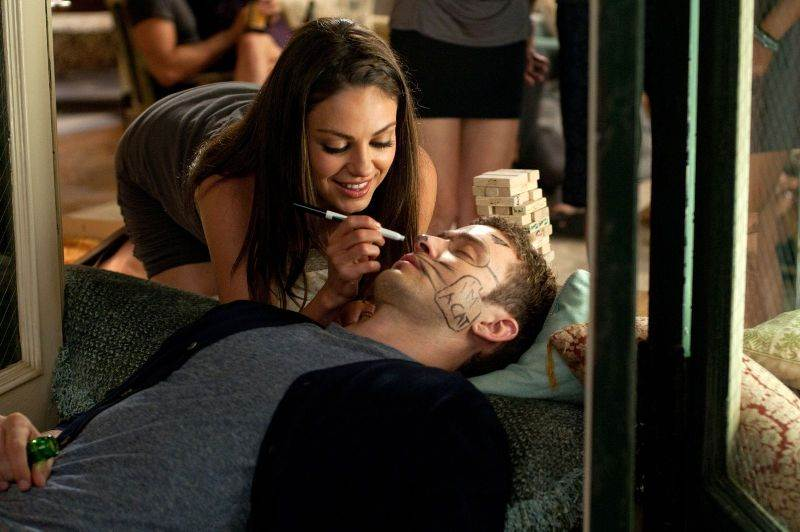 Friends with Benefits - 01