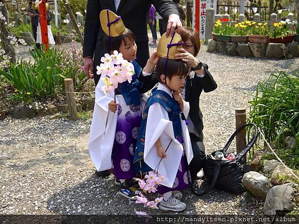 桜祭神幸祭:お稚児
