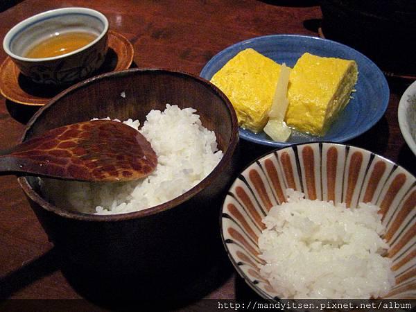 可續碗的白米飯