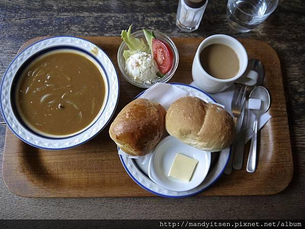 進々堂cafe的咖哩佐麵包