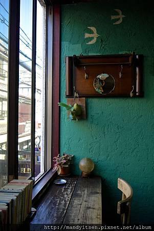 CAFE KOCSI面窗角落