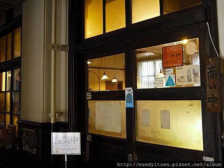 前田咖啡明倫店入口