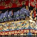 岩戶山車上的祇園囃子(樂隊)