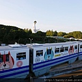 大阪單軌電車與太陽之塔