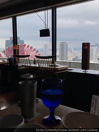 ちょうつがひ日本料理&Bar店內一角