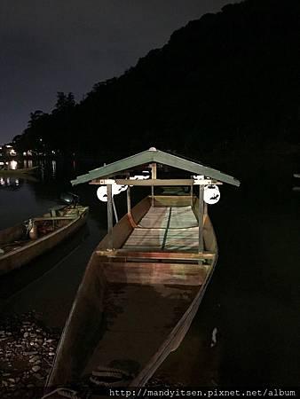 中秋夜一日限定的活動:嵐響夜舟