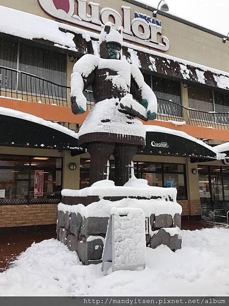 雪中大魔神