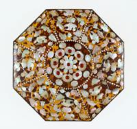 玳瑁螺鈿八角箱(中倉)