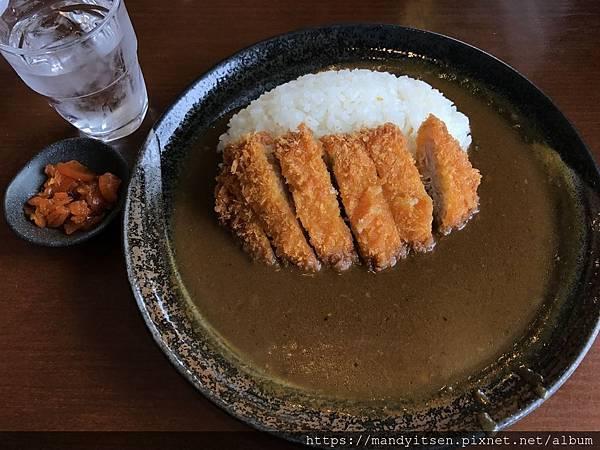 「とんかつ薩摩」炸豬排咖哩飯