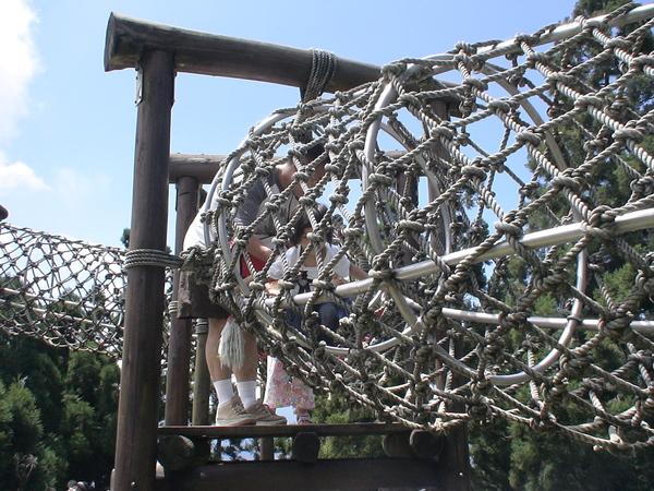 柔柔首次挑戢原野遊戲--蛇籠-2