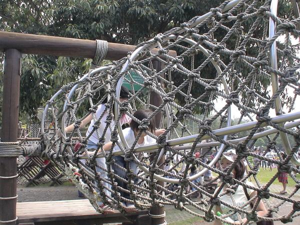 柔柔首次挑戢原野遊戲--蛇籠-4