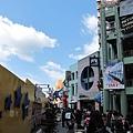 環球影城外的商店街.JPG