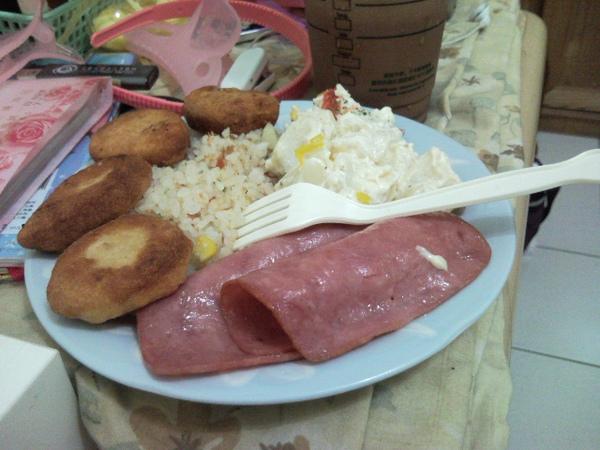 2009.07.30老公做早餐給我吃:D