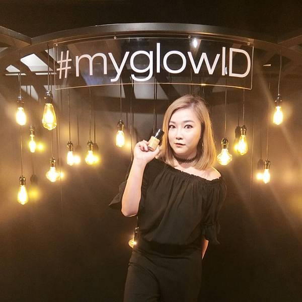 *~【彩妝】myglowID♥shu uemura the lightbulb白瓷光感粉底液~*