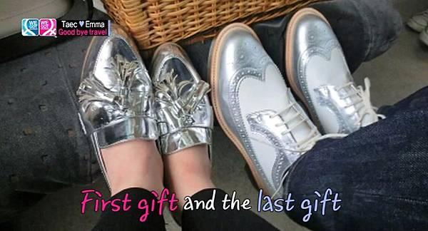 雙人情侶銀色鞋