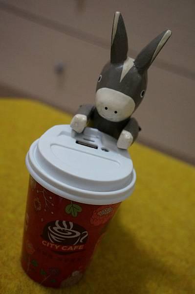 city cafe行動電源05522.JPG