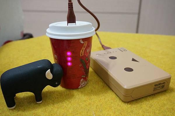 city cafe行動電源05531.JPG