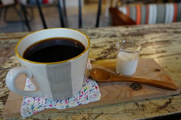 知鳥咖啡 (35).JPG