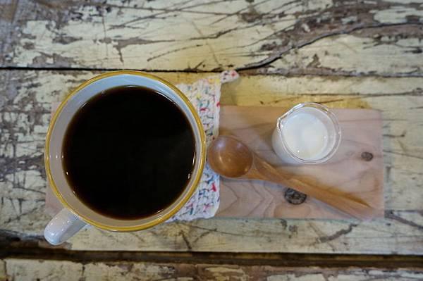 知鳥咖啡 (37).JPG