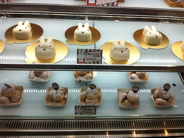 林口環球Miffy cafe (8).jpg