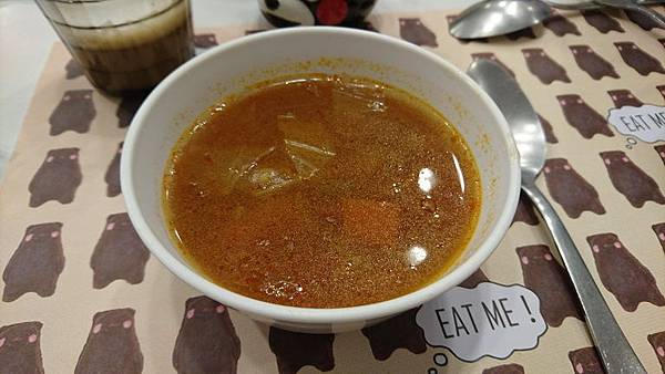kuma cafe (8).JPG