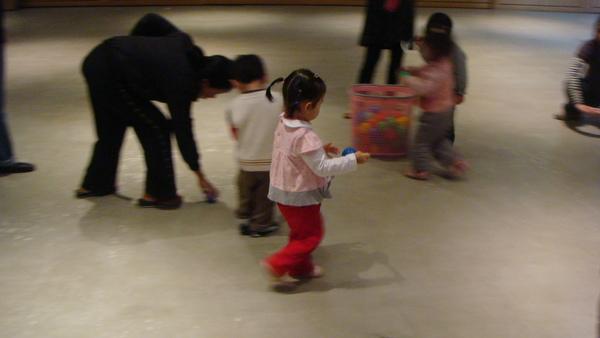 2008/Dec律動課-3.JPG