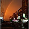 聖帕颱風來臨前的清大宵夜街