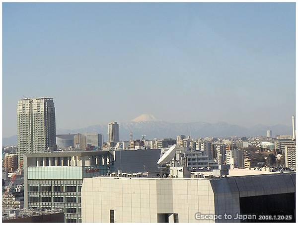 赫然發現窗外有富士山