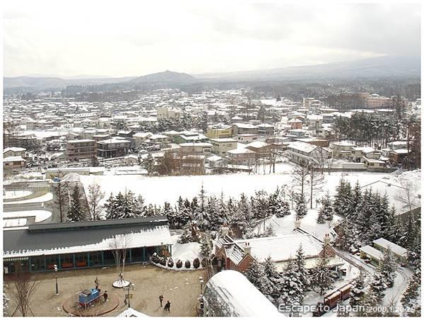 附近的雪景