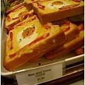 在新加坡頗有名的丹丹早餐