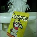 新加坡是獅子大國我也買了一隻 這隻後來給秋燕學姊了~~