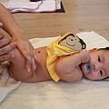 嬰兒按摩二-091