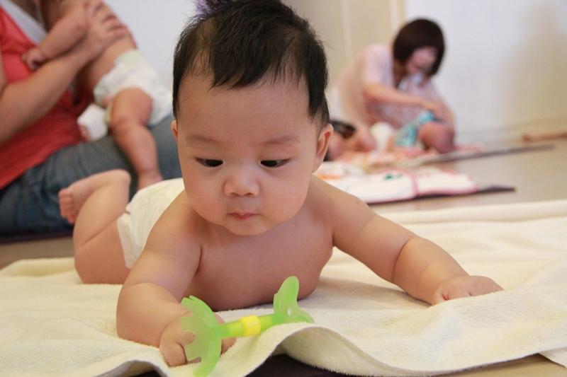 嬰兒按摩二-128