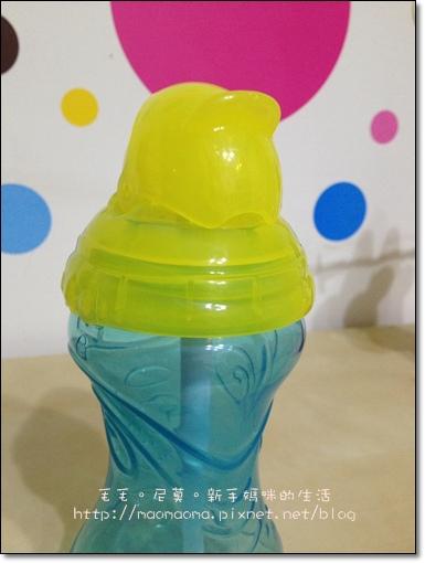 NUBY水杯05
