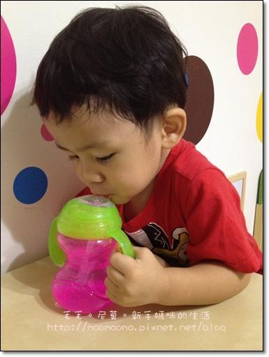 NUBY水杯12