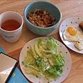 這天吃剩菜剩飯, 配英文閱讀