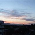 我們家朝西, 我每天都在家看夕陽