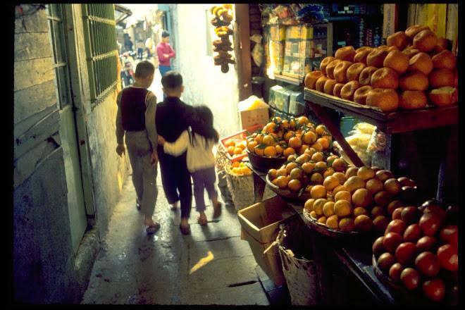 1972年,水果店.jpg