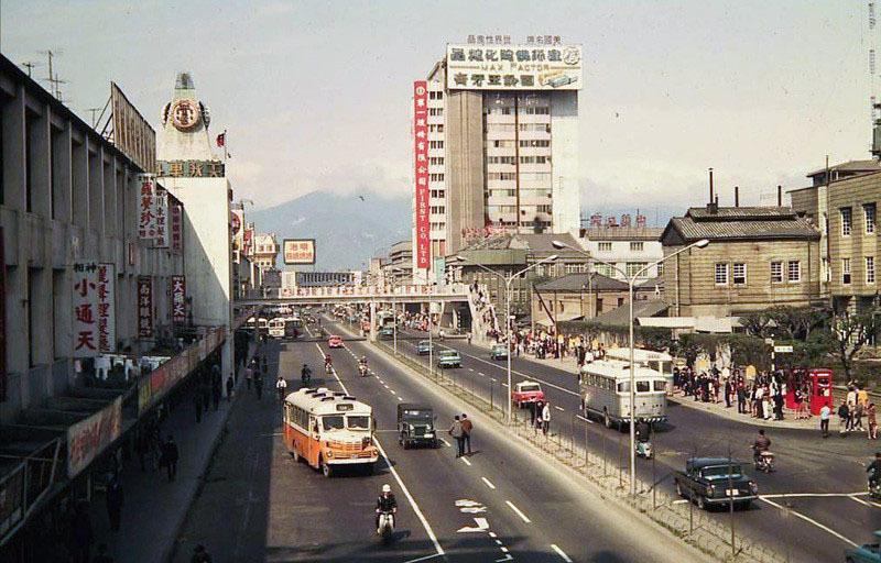 1972年10.jpg