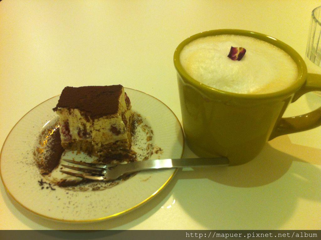 舊巷中的甜點小屋-圍裙咖啡