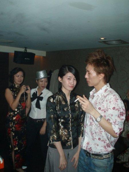 馬可:大家還記得她是上回「省道趴之夜」最清純的檳榔西施嗎?