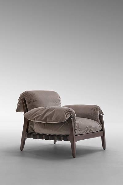 FF Hemingway Dream armchair