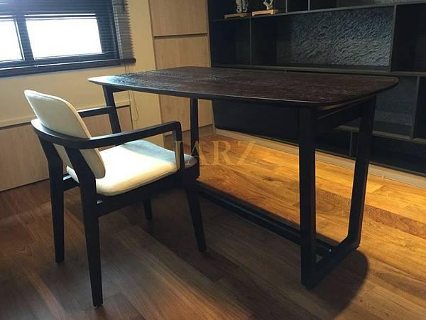 Poliform desk-001 (5).JPG