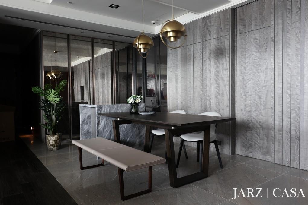 JARZ047.JPG