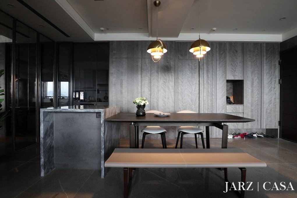 JARZ053.JPG
