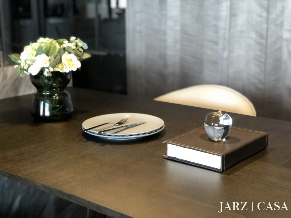 JARZ040.JPEG