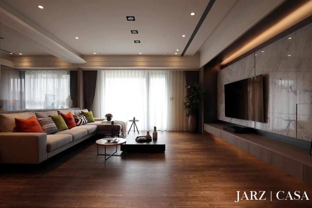 JARZ009.JPG