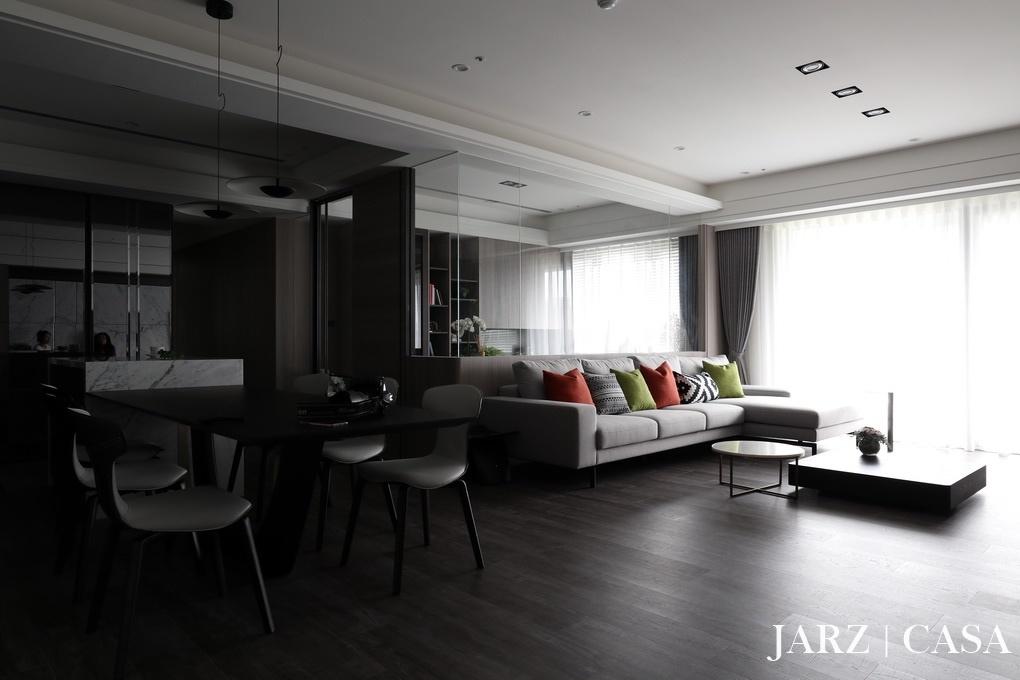 JARZ025.JPG